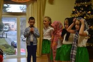 Dzieci z Przedszkola Publicznego nr 2 wystąpiły w Miejskim Ośrodku Pomocy Społecznej