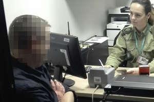 Poszukiwany mężczyzna zatrzymany na lotnisku w Szymanach