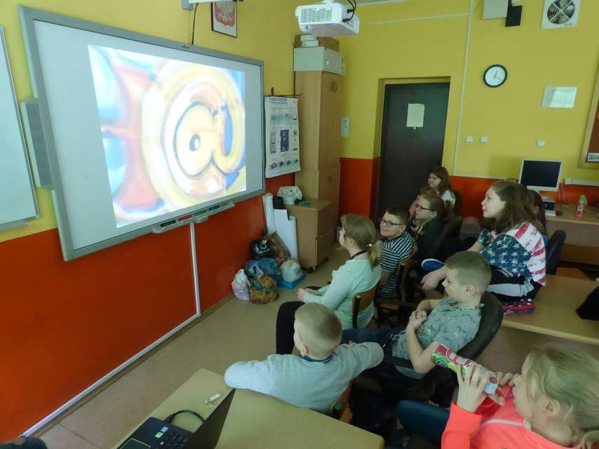 W czasie zajęć pedagoga z uczniami