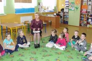 Członkinie Działdowskiej Kuźni Słowa w Przedszkolu nr 3
