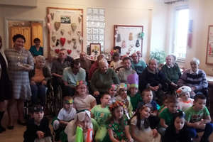 Dzieci przybyły z wiosną do Domu Opieki Społecznej w Bartoszycach