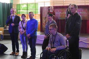 Chcą pomóc Patrycji, Rafałowi i Miłoszowi z Zespołu Szkół Zawodowych w Kurzętniku