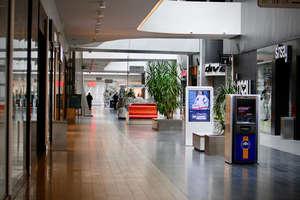 Czy sklepy znowu będą otwarte w niedziele? Jest projekt ustawy [SONDA]