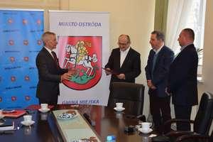 Umowa podpisana. Będzie modernizacja budynku basenu w Ostródzie