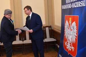 Powiat Braniewski otrzymał promesę na remont dróg