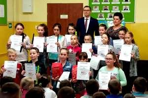 Lekcja oszczędzania w szkole podstawowej w Żydowie
