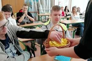 Akcja Żonkile - Łączy Nas Pamięć w Zespole Szkół Zawodowych w Kurzętniku