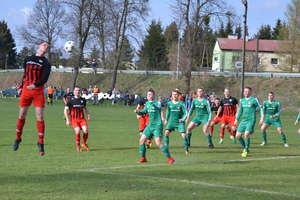 Trzecie wiosenne zwycięstwo piłkarzy miłomłyńskiej Tęczy [zdjęcia]