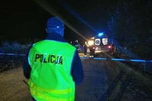 Kierowca audi potracił dwie nastolatki jadące na rolkach. Obie nie żyją