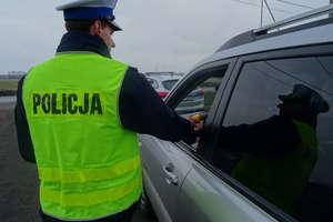 Nieodpowiedzialni kierowcy – dwóch nietrzeźwych i jeden pod działaniem narkotyków