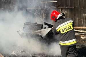 Podpalił trawę, zapłonęła stodoła