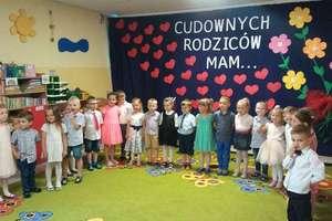 Patriotyczny maj w Przedszkolu Publicznym nr 2 w Bartoszycach