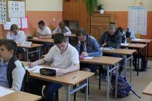 Podwójny sukces młodych matematyków z Zespołu Szkolno-Przedszkolnego w Bezledach