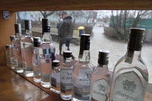 Policjanci zabezpieczyli alkohol sprzedawany bez koncesji