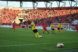 Piłkarze z Wikielca grali w Łodzi przy 16 tys. kibiców! Zobacz zdjęcia z meczu Widzew — GKS