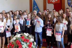 Wykazali się dużą wiedzą o książce Doroty Terakowskiej. Finał konkursu powiatowego
