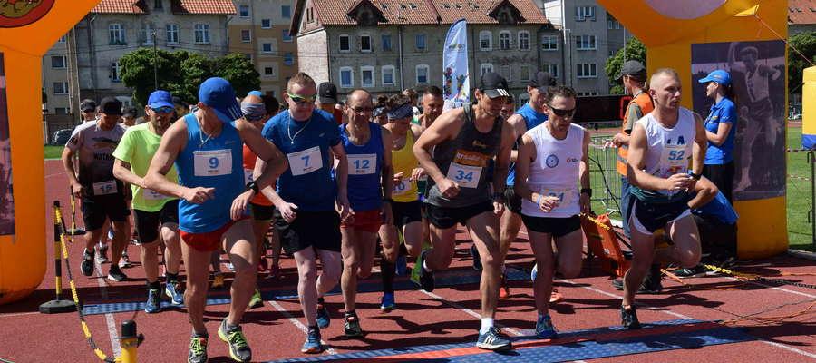 W biegu memoriałowym na dystansie 10 km wystartowało 53 zawodników