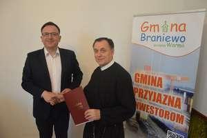 Gmina przekazała wsparcie finansowe kolejnym kościołom