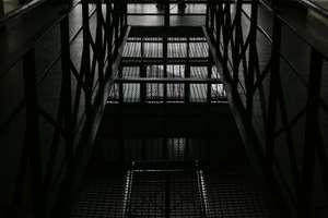 Czy 20 tysięcy więźniów opuści zakłady karne? Co z przerwą w odbywaniu kary na czas epidemii? Ministerstwo Sprawiedliwości tłumaczy nowe przepisy