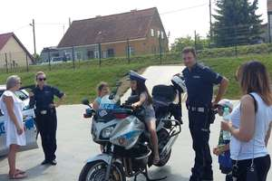 Policjanci uczestniczyli w Bartoszycach w festynie z okazji Dnia Dziecka