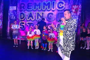 Tańce z Remmic'em na Dzień Dziecka w Kurzętniku