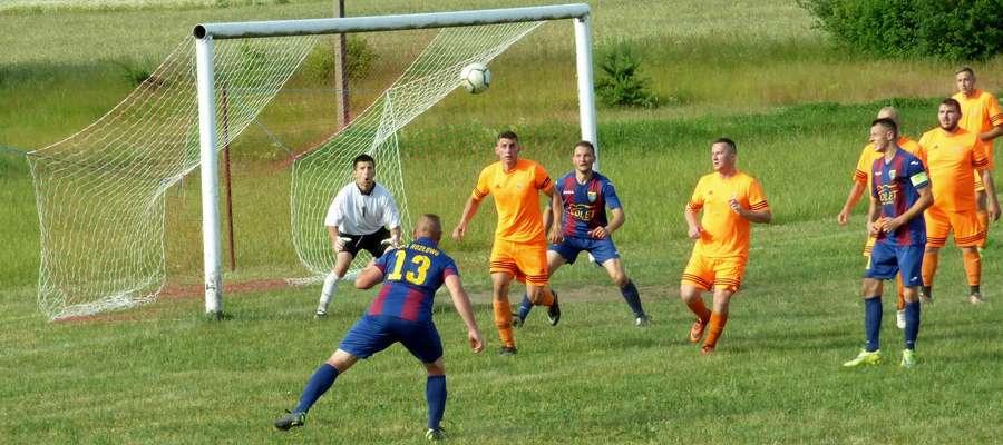 Piłkarze Gminy Kozłowo niespodziewanie przegrali z Wichrem Gwiździny