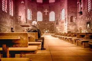 Który z kandydatów na prezydenta Olsztyna najbardziej kojarzy się wam z Kościołem? [SONDA]