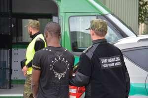 Kibice z Erytrei, Pakistanu i Nigerii zatrzymani na granicy