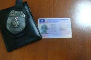 Z podrobionymi dokumentami na przejściu w Grzechotkach