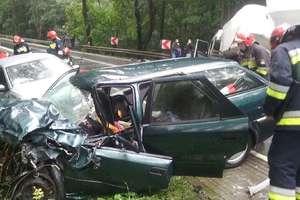 Wypadek na DK16. Sześć osób zostało rannych