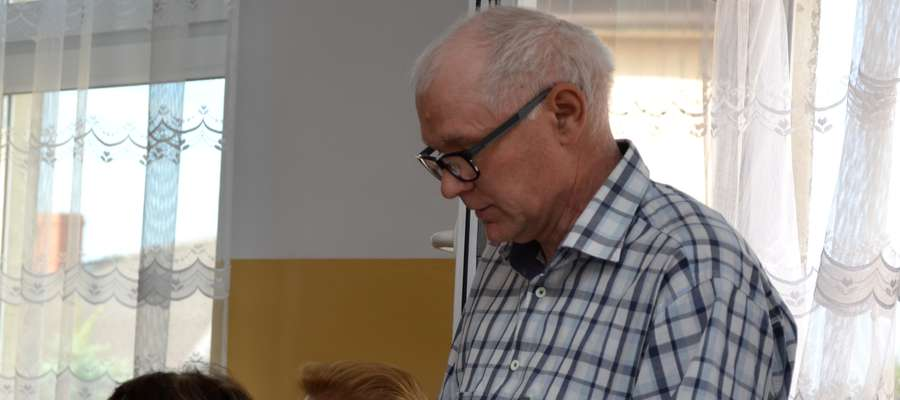 Adam Domagała na sesji w Dzierzgowie
