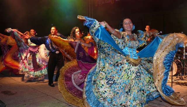 Romowie pokażą jak piękny i kolorowy może być taniec! Festiwal Muzyki i Tańca Romów już w tę sobotę - full image