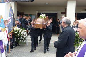 Iławianie tłumnie pożegnali śp. Bogdana Olkowskiego [ZDJĘCIA, WIDEO]
