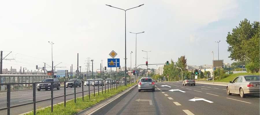 radny głażewski proponuje dodatkowy skręt z al. Sikorskiego w ul. Tuwima