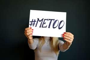 Przed Dniem Kobiet: Ponad połowa kobiet była molestowana seksualnie; sprawcami często byli szef i koledzy z pracy