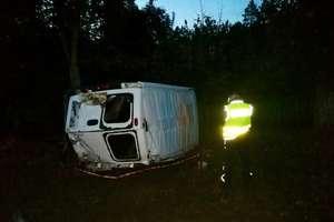 W Miłogórzu bus zderzył się z osobowym mercedesem