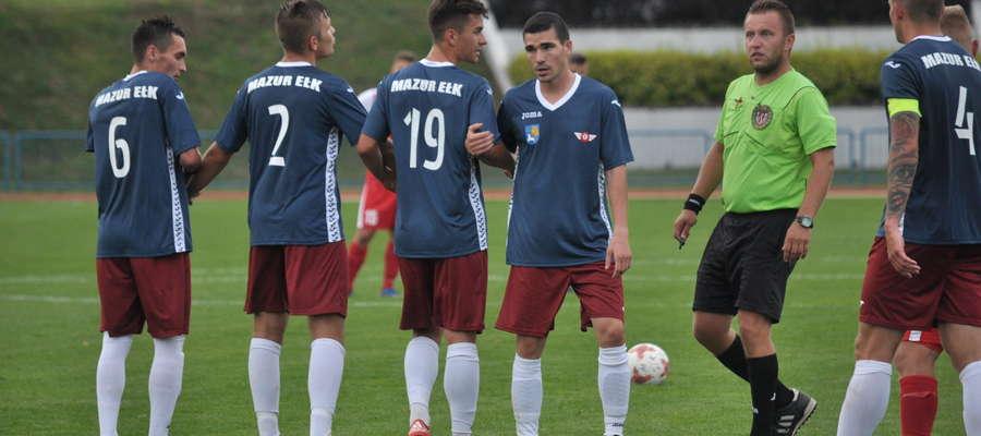 Piłkarze Mazura Ełk już w doliczonym czasie gry wypuścili z rąk cenny punkt w Morągu