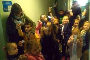 Przedszkolaki z Majki odwiedziły komendę iławskiej policji