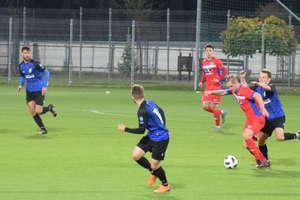 Dzisiaj piłkarze Sokoła Ostróda w Sulejówku nadrobią ligowe zaległości