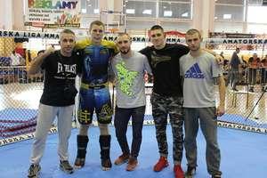 Artur Dziki pokazał moc, został młodzieżowym mistrzem Polski MMA