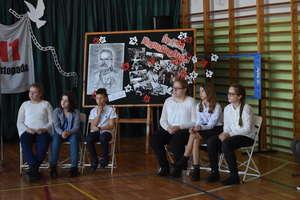Gminny Konkurs Wiedzy o Marszałku Józefie Piłsudskim w szkole w Marzęcicach