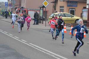 Biegaczki MLKS Ostróda na sportowo uczciły 100-lecie niepodległości [zdjęcia]