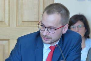 Ustalono pensję burmistrza Iławy Dawida Kopaczewskiego