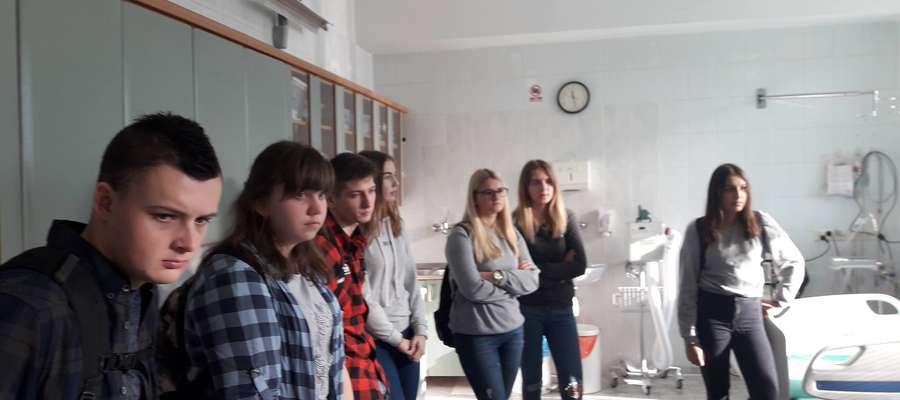 Uczniowie odwiedzili szpitalny oddział ratunkowy