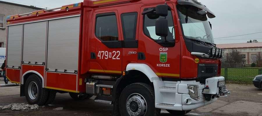 Nowy samochód będzie służył strażakom - ochotnikom w Korszach.