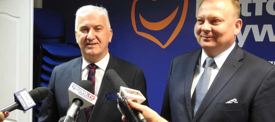 Antoni Czyżyk i Michał Missan podczas konferencji PO