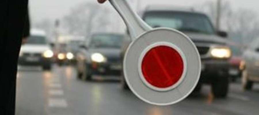 Kolejne dwie osoby bez prawa jazdy kierowali pojazdami