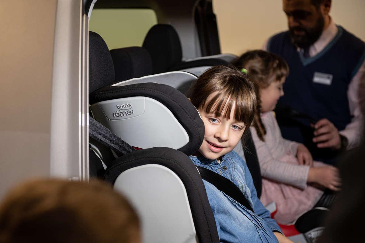 Bezpieczni od dziecka - full image
