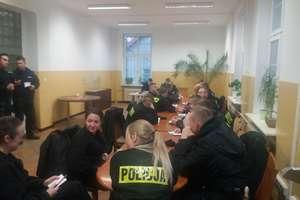 Policjanci i słuchacze Wyższej Szkoły Policji w Szczytnie na wspólnych patrolach