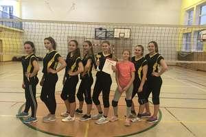 Sukces siatkarek ze Szkoły Podstawowej nr 1 w Węgorzewie